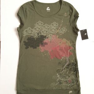 Nike Womens Shirt Size XL Olive Green 267070-303